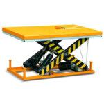 Single scissor lift table 300