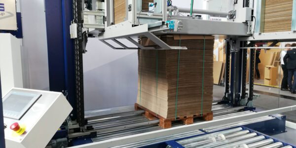 Carboard vertical strapping machine with press LM 02 Plus