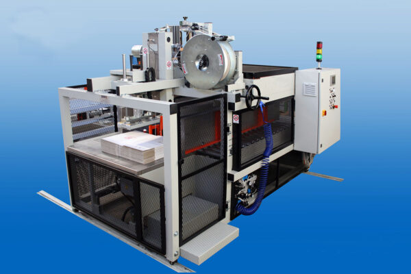 Strapping machine for bulk cardboard boxes LM 100-200