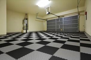 LM Medium Duty PVC tiles